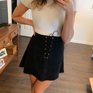 🖤 FAUX SUEDE TIE UP SKIRT 🖤